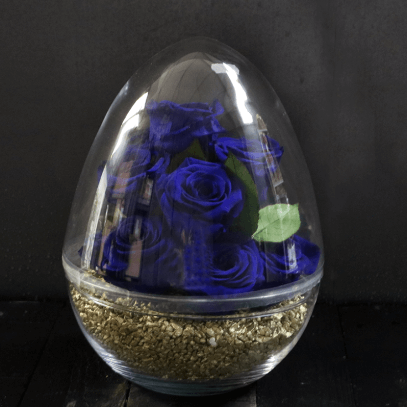 blue rose amor roses with gold stones