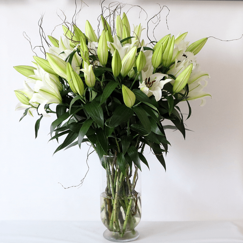 Lily bouquet in a glass vase