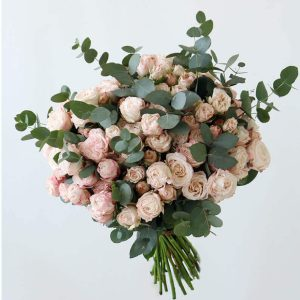 bouquet peach/pink spray roses mixed with eucalyptus