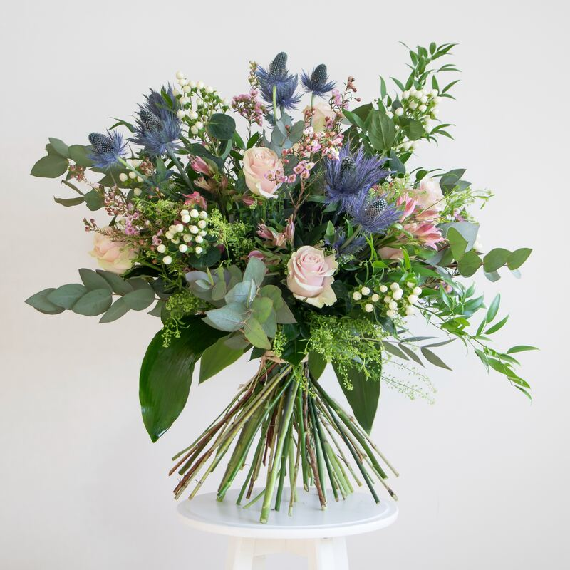 loose natural bouquet