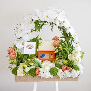 Mandarine oriental spa voucher with flowers