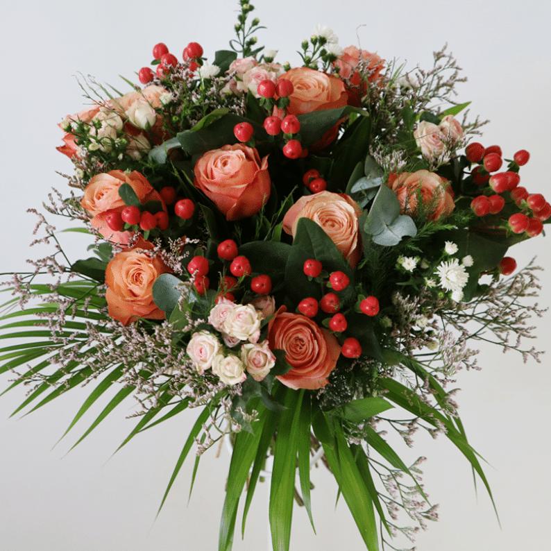 Orange roses, spray roses flower bouquet