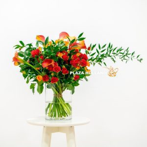 red spray roses and calla lily flower bouquet